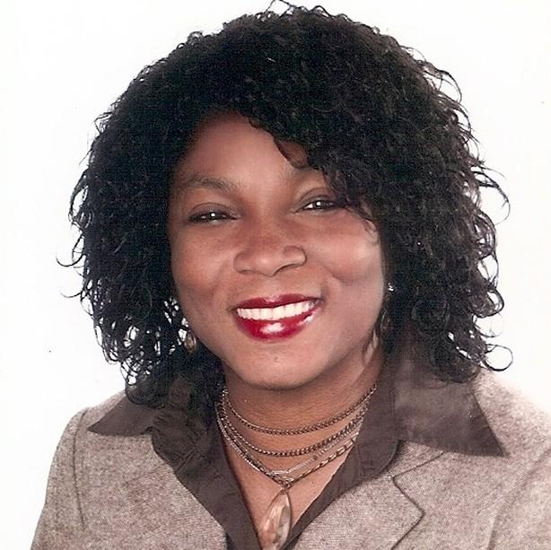 Omoniyi Ogodo-Bach, Präsidentin IKH e.V_614x613